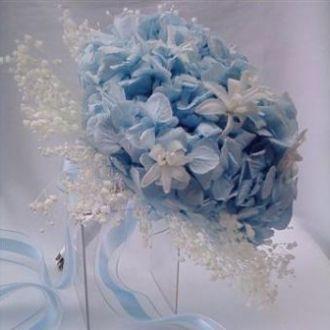 bouquet-de-hortensias-azuis-nardos-brancos-e-mosquitinho-buquelight-blue