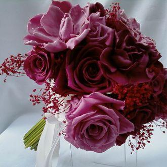 bouquet-gardenias-e-rosas-naturais-preservadas-rose-buquecramberry