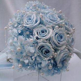 bouquet-hortensia-azul-e-rosas-bicolor-naturais-preservadas-buquelight-blue