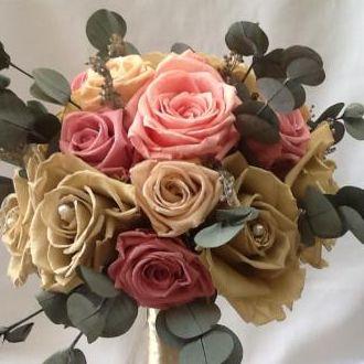 bouquet-rosas-capuccino-nude-e-cherry-blossom-flores-naturais-preservadas-buque-cor-unica