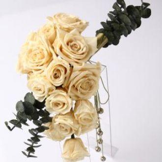 bouquetbrancopendentebyelisamawhite