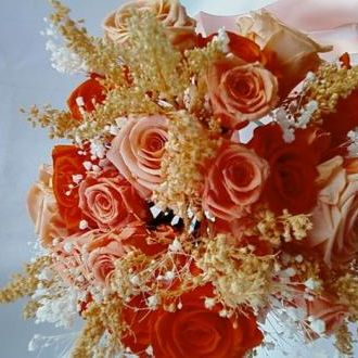 bouquetemtonssalmaoderosaspreservadasorange