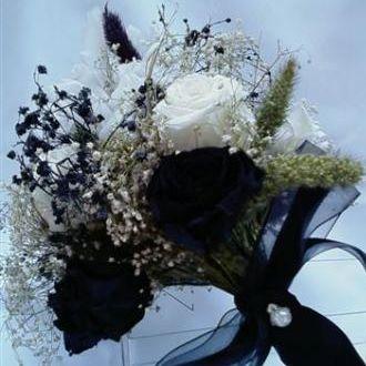 bouquetpretoebrancocorunica