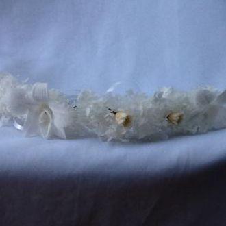 aplique-40-cm-de-hortensias-orquideas-e-rosas-naturais-preservadas-arranjo-cabelo-guirlandawhitebranco