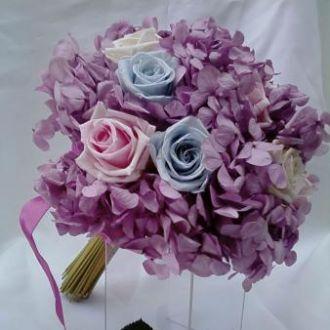 bouquet-buque-de-noiva-flores-preservadas-hortensia-lilas-cor-unica