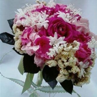 bouquet-de-hortensias-rosas-pink-mosquitinhos-preservados-e-estaticescramberry
