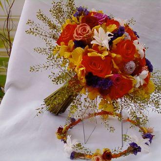 bouquet-de-rosas-cor-de-laranja-e-multicolorido-flores-naturais-preservadas-buqueorange