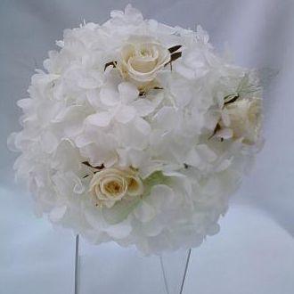 bouquet-flores-rosinhas-brancas-naturais-preservadas-e-folhas-esqueletizadas-buquewhitebranco