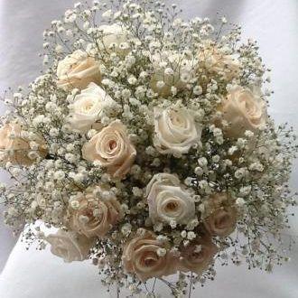 bouquet-rosas-brancas-e-porcelana-preservadas-e-mosquitinho-fresco-buque-cor-unica