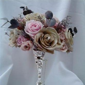 bouquet-rosas-cinza-rosinhas-rose-e-eucalipto-cinza-azulcherry-blossom