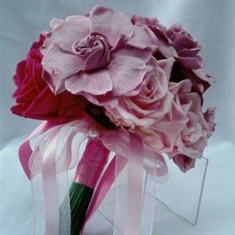 bouquet-rosas-cor-de-rosa-claro-pink-e-gardenias-rosa-antigo-claro-buquecherry-blossom