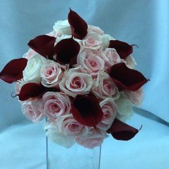 bouquet-rosas-e-callas-naturais-preservadas-buque-cor-unica