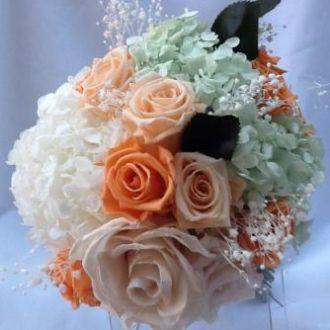 bouquet-salmao-tons-laranja-desconstruido-flores-naturais-preservadas-buqueorange