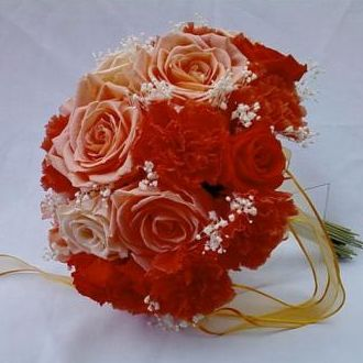 bouquetcravoserosaspreservadassalmaoorange