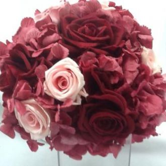 buque-bouquet-marsala-hortensia-rosas-e-gardenias-de-flores-naturais-preservadasburgundy