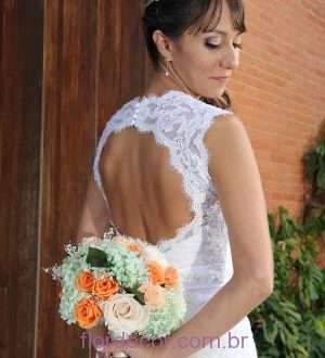casamento-tatiana-simoes-bouquet-flores-naturais-preservadas-buque-cor-unica-a