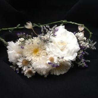 coroa-de-flores-preservadas-campestreswhitebranco