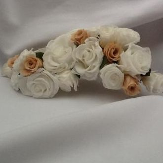 flores-para-cabelo-mini-rosas-preservadas-cor-unica
