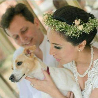 flores-preservadas-no-casamento-de-lais-nakamura-cor-unica