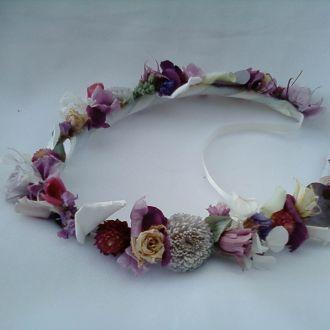 guirlanda-em-tons-lilas-de-flores-naturais-preservadas-coroalavander