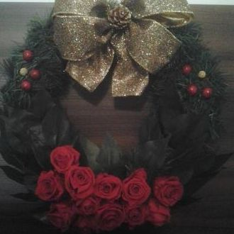 guirlanda-natal-rosas-naturais-preservadas-coroared