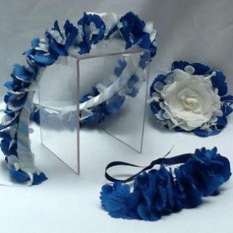 guirlanda-pulseira-e-broche-azul-e-branco-flores-naturais-preservadasblue