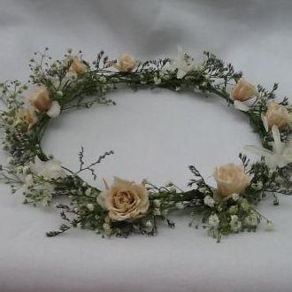 guirlanda-rosinhas-flores-naturais-preservadas-e-flores-frescas-coroaporcelain