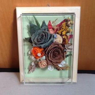 quadro-de-flores-naturais-preservadas-para-presente-cor-unica