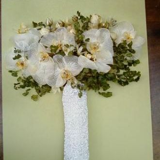 bouquet-de-orquideas-e-avencas-desidratadowhitebranco