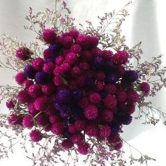 bouquet-de-perpetuas-e-limonium-cor-unica