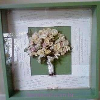 bouquet-desidratado-ana-carolina-na-moldura+-cor-unica
