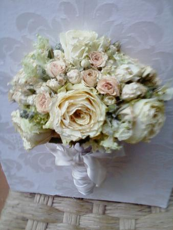 bouquet-desidratado-filha-marluce-nunes-cor-unica