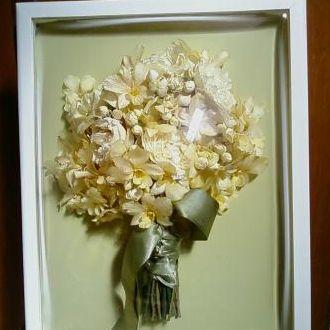 bouquet-desidratado-peonias-e-dendrobiums-buque-cor-unica