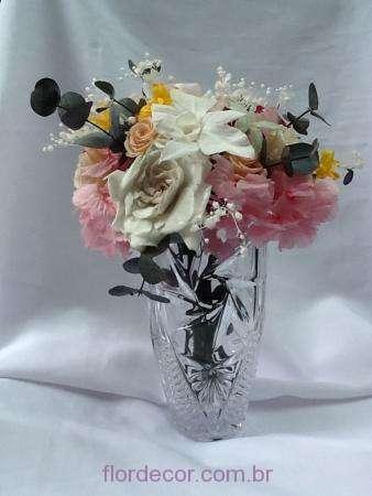 arranjo-colorido-de-flores-naturais-preservadas+-cor-unica