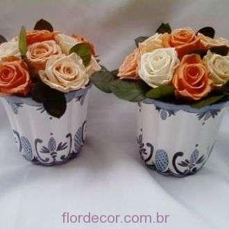 arranjo-de-flores-preservadas-em-tons-salmao+light-orange