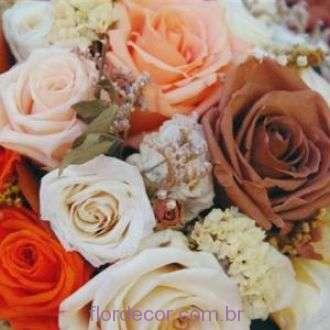 arranjo+rosas+naturais+preservadas+tons+salmao+light+orange