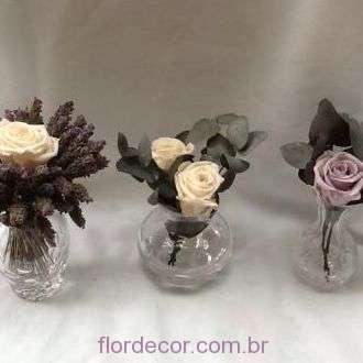 arranjos-lavanda-e-rosas-naturais-preservadas+-cor-unica