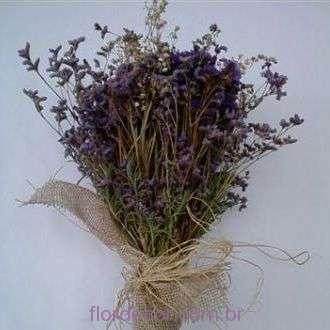 bouquet-de-lavanda-estatices-e-limonium-desidratados+-cor-unica