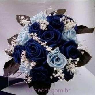bouquet-de-rosas-premium-azuis-forte-e-claras-preservadas+blue