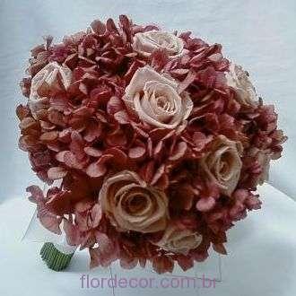 bouquet-hortensia-rosa-antigo-desidratada-e-rosas-nude-naturais-preservadas-buque+-cor-unica