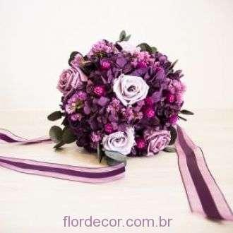 bouquet-roxo-e-lilas-de-flores-naturais-preservadas-e-secas-buque+purple