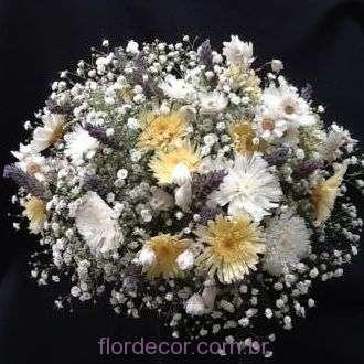 buque-bouquet-flores-naturais-preservadas-margaridas-lavandas-desidratadas-e-mosquitinho-+-cor-unica