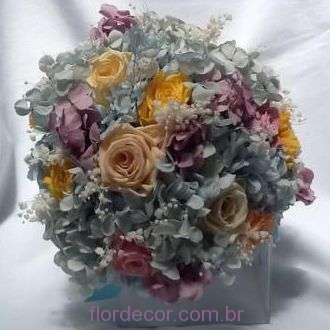 buque-bouquet-hortensia-e-rosas-tons-pastel-naturais-preservadas+-cor-unica