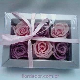 caixinha-de-bombom-com-flores-naturais-preservadas+-cor-unica