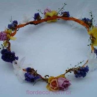 guirlanda-colorida-flores-naturais-preservadas-e-desidratadas-coroa+-cor-unica