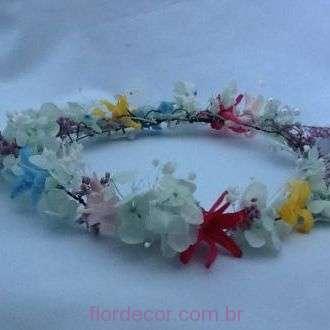 guirlanda-coroa-tiara-colorida-de-flores-naturais-preservadas+-cor-unica