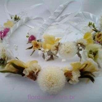 guirlanda-de-flores-preservadas-e-desidratadas+-cor-unica