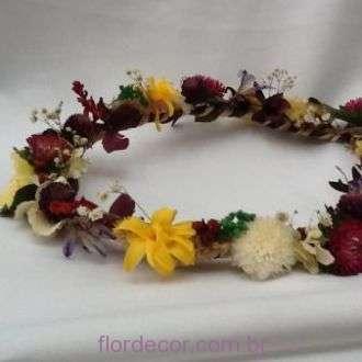 guirlanda-de-flores-preservadas-e-desidratadas-coroa+-cor-unica