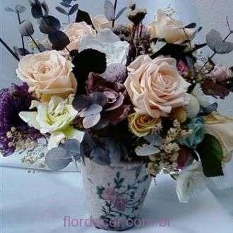 rosas+e+gardenias++cor+unica