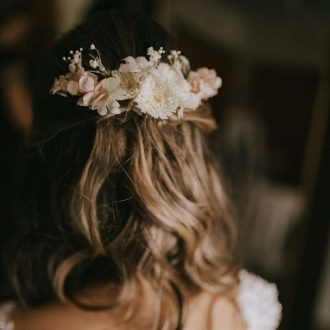 flores naturais preservadas para o cabelo avulsas